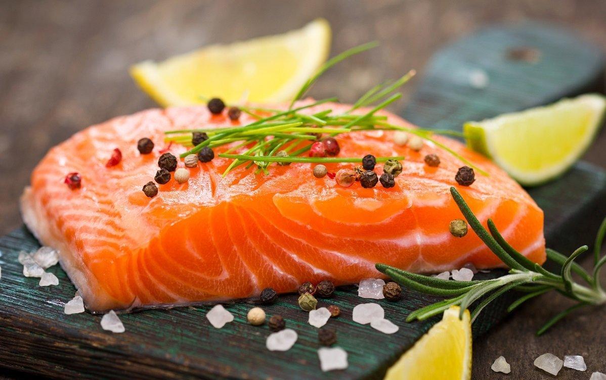 Cá hồi rất tốt cho người bệnh tiểu đường có rối loạn mỡ máu