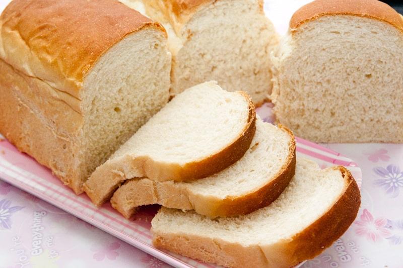 Người tiểu đường không nên ăn bánh mỳ trắng