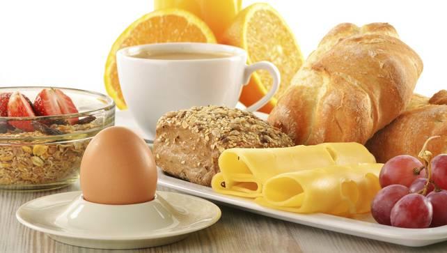 Bữa sáng đầy đủ chất dinh dưỡng và ít đường