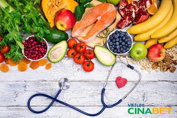 Người bệnh đái tháo đường không nên ăn nhiều tinh bột và đường