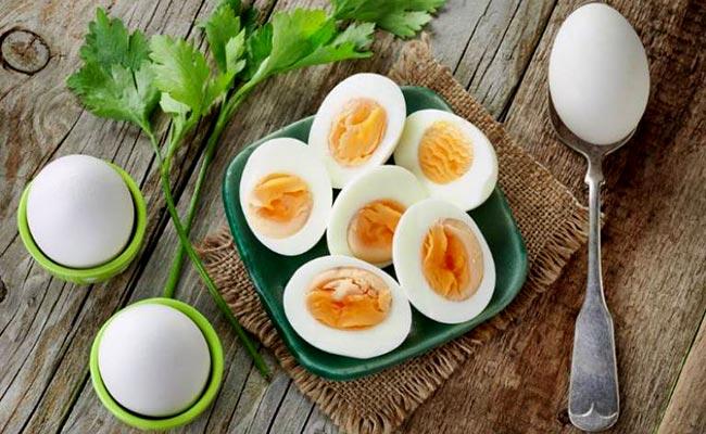 Mỡ máu có nên ăn trứng không?